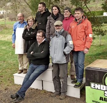 2015-04-25-benevoles-trail-gerbier-jonc.jpg