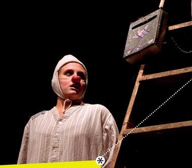 2015-05-22-theatre-clown-cayres.jpg