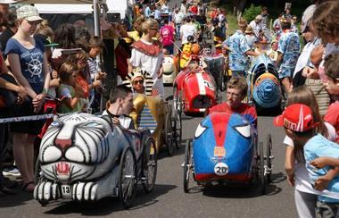 2015-08-23-voiture-pedale-st-vincent.jpg