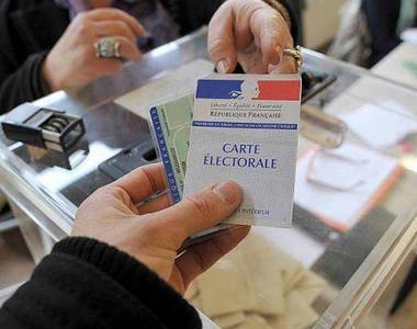 2017-06-07-controle-identite-elections.jpg
