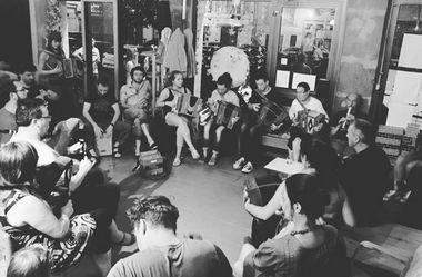 2017-11-21-session-trad-ptit-cafe.jpg